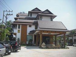 Chao Phraya Tara River Hotel