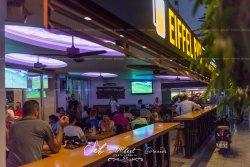 Eiffel Cafe-Bar