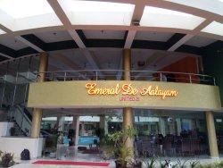OYO 9538 Hotel Emerald De Aalayam
