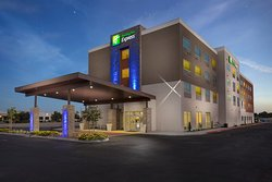 Holiday Inn Express - Visalia