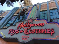 Hollywood Toys & Costumes