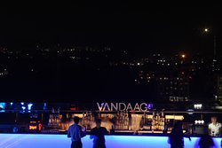 Vandaag Rooftop Bar and Grill