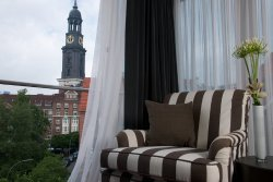 The Madison Hamburg