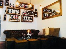 Essenza Wine Bar