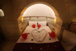 Ab-u Hayat Cave Suites