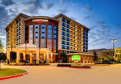 Courtyard by Marriott Dallas Allen at the John Q. Hammons Center