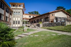 Hotel Luz y Fuerza - Villa Giardino Córdoba