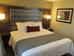 Best Western Plus Grand Castle Inn & Suites