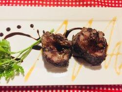 A steak and wine mecca