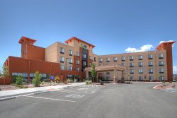 Holiday Inn Express & Suites Albuquerque Old Town