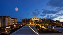 Le Meridien Shimei Bay Beach Resort & Spa