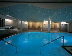 洛桑宮廷溫泉酒店