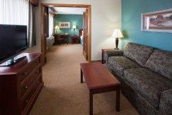 アメリクイン ホテル & スイーツ チペワ フォールズ