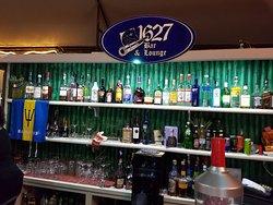 1627 Bar & Lounge
