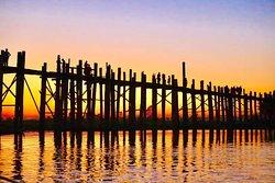 Jembatan U Bein