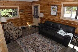 Living Room Cabin 27