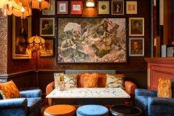 Prado Lounge
