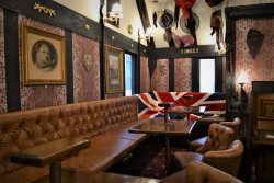 Old Tom's Gin Bar