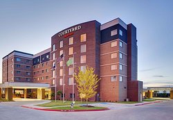 Courtyard by Marriott Dallas Carrollton and Conference Center