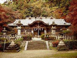 Anashinimasuhyozu Shrine