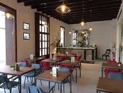 Melassa Restaurant & Cafe