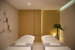 Urban Retreat Spa - Asok