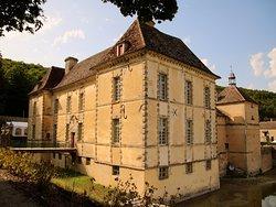Château d'Entre-Deux-Monts