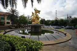 สวนเฉลิมพระเกียรติ 72 พรรษามหาราชินี