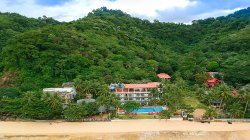 Doublegem Beach Resort & Hotel