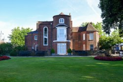 Westbury Manor Museum