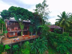 Riverhouse Hotel (The Teak House)