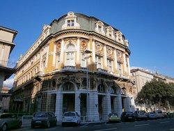 The Modello Palace