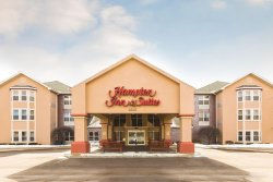 Hampton Inn & Suites Hoffman Estates