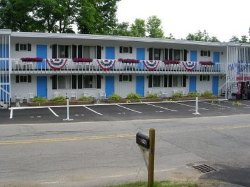 Weirs Beach Motel and Cottages