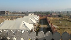 Hotel with nice tents close to zone 6