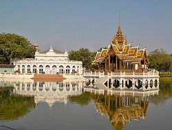 Phra Thinang Aisawan Thiphta-Art