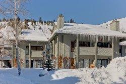 Greyhawk Resort