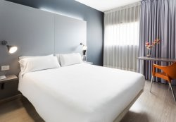 斯多瑞梅巴塞羅那莫勒酒店