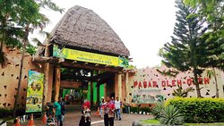 Maharani Zoo & Caves