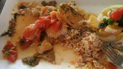 Fresh fill with tomato & mushroom sauce