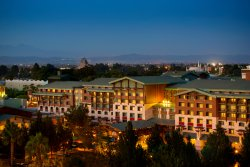 ‪Disney's Grand Californian Hotel & Spa‬