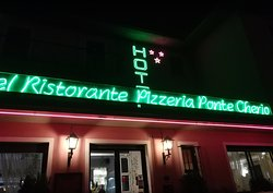 Hotel Ristorante Pizzeria Ponte Cherio