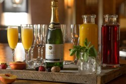 Sunday Brunch - Best Mimosas in Town!