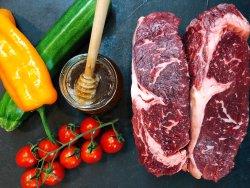 LA VIE bistro beef shop