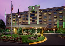 Holiday Inn Charlotte-University Place