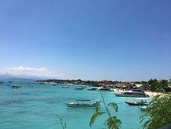 Luxury Resort, Amazing Views and Location.