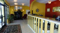 Golden Manor Inn & Suites