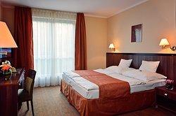 Jankovich Kuria Hotel es Etterem