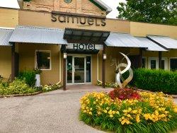 Samuels Hotel
