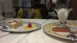 Torta de queso segoviana con marmelada de tomate, patatas a la importancia, judíones de la Granj